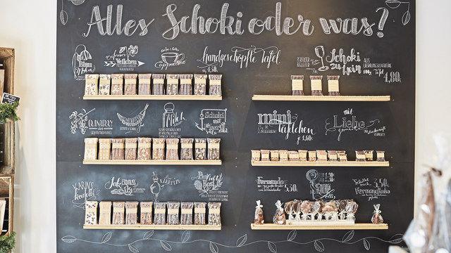 """""""Lettering"""", die handwerklich anspruchsvolle Art, die eigenen Produkte zu bewerben. (Quelle: van Groen)"""