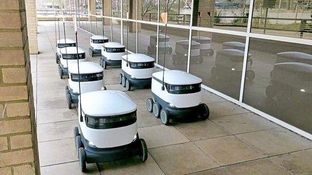 25 Lieferroboter sind teil eines groß angelegten Praxistests in den USA. (Quelle: Starship Technologies)