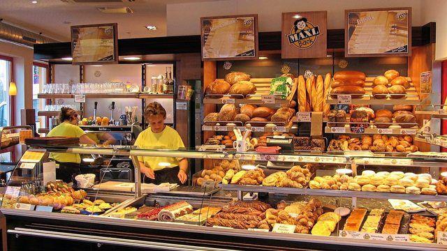 Backwaren werden hauptsächlich beim Handwerksbäcker gekauft, Supermarkt und Discounter holen jedoch auf. (Quelle: Symbolbild Maxl Bäck)