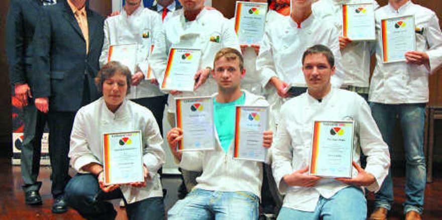 Kreativ in Backstube und Präsentation erwiesen sich die Teilnehmer des diesjährigen Backwaren-Design-Preises unter den angehenden Bäckermeistern der Olper Fachschule.