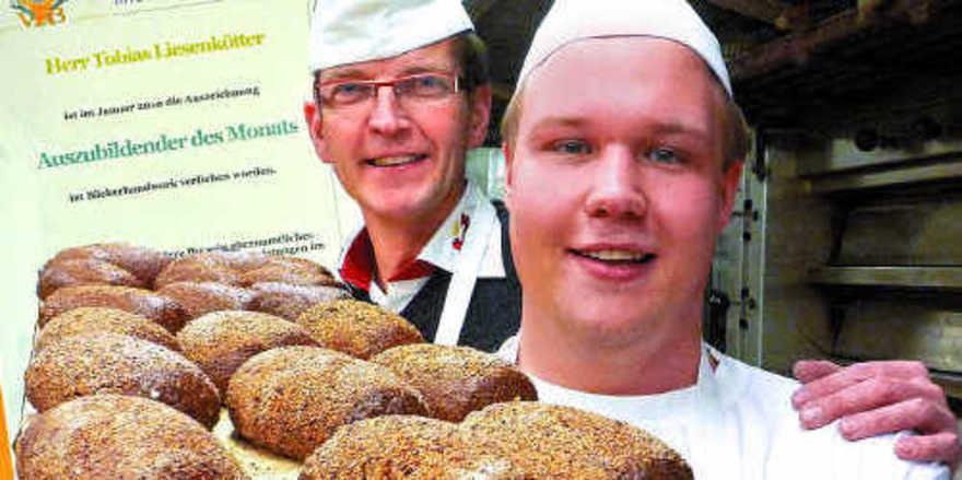 Für sein berufliches und soziales Engagement wurde Tobias Liesenkötter zum Auszubildenden des Monats Januar 2010 gewählt.
