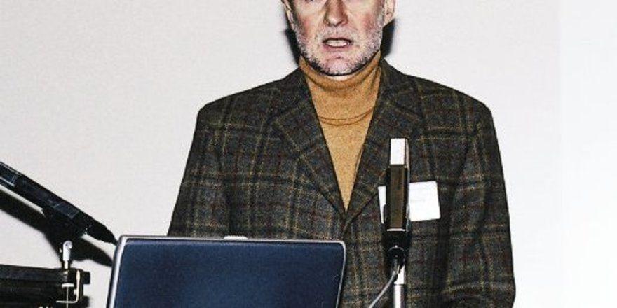 Dr. Günter Brack.
