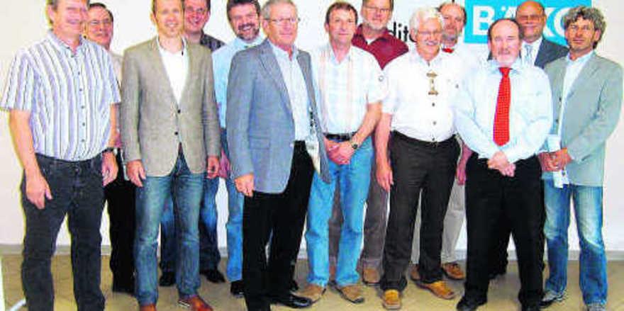 Nach der Wahl: Die Mitglieder des verkleinerten Bäko-Aufsichtsrates, ohne Siegfried Beck, Robert Kutzer und Hans-Karl Stengel.