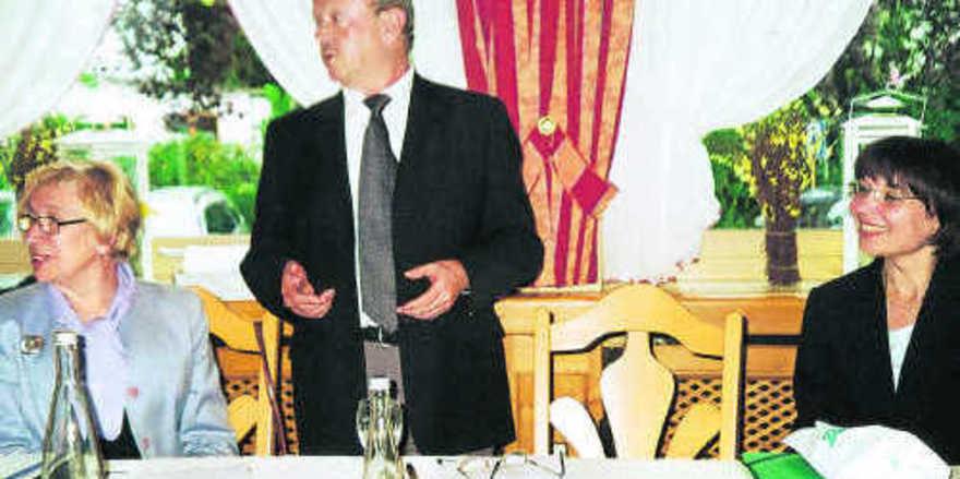 Obermeister Helmut König informierte auf der Versammlung in Offenburg rund um die geplante Fusion mit den Nachbarinnungen.