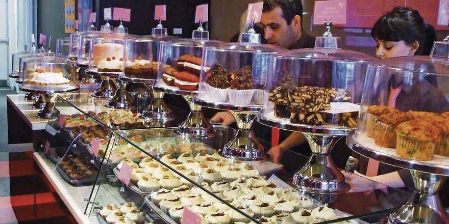 Cupcakes, Brownies, Whoopie Pies: Die Londoner Hummingbird Bakery lockt Kunden mit Trendartikeln.
