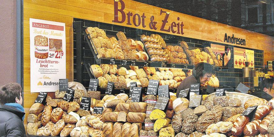 Beim neuen Bäckerei-Café-Konzept von Bäcker Andresen steht das Brot im Vordergrund, das auch Grundlage ist für das sehr kreative und hochwertige Snacksortiment.