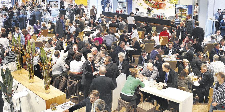 Auch wenn die Zahl der Besucher etwas zurückgegangen ist, am Stand der Bäko herrschte häufig dichtes Gedränge. Auf der Messe standen vor allem Kaffee und Snackkonzepte im Fokus.