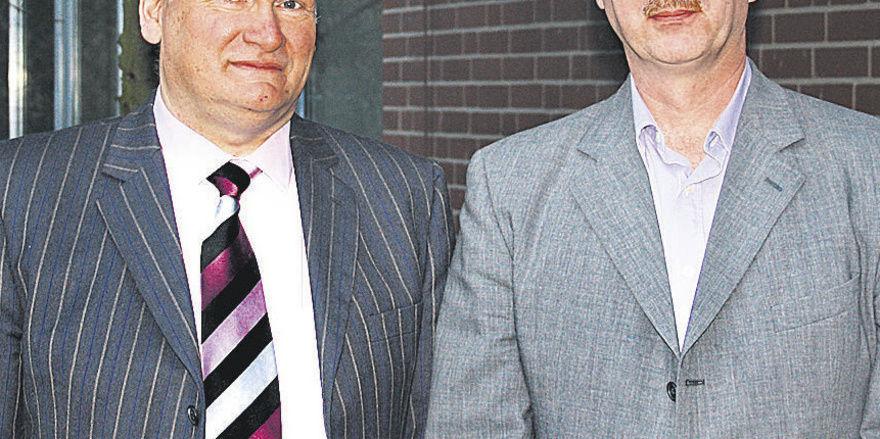 Markus Redeker (von links) ist der erste Obermeister der neuen Bäckerinnung Wittekindsland. Sein Stellvertreter ist Arno Simon.