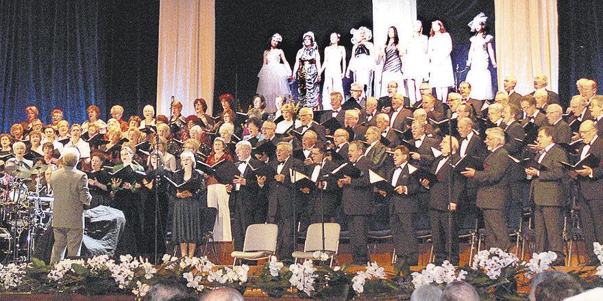 Ein glanzvolles Ereignis für die Landeshauptstadt ist der Frühlingsball der Stuttgarter Bäcker: Der Philia-Chor präsentierte sich mit einem breiten musikalischen Spektrum in bester Form.