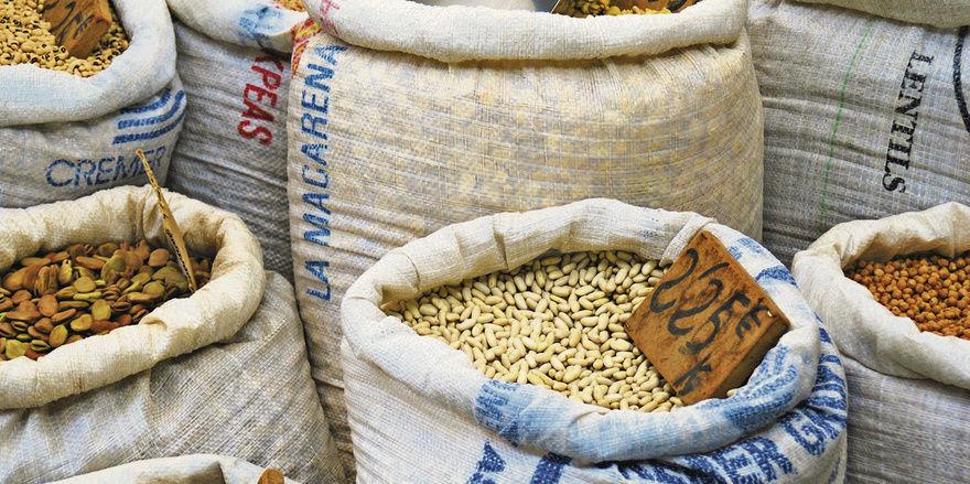 Belastung für Bäcker: Die hohen Preise für Rohstoffe vermiesen Handwerkern die Bilanz.