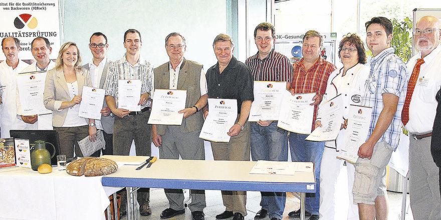 Inhaber der erfolgreichen Betriebe mit Manfred Stiefel (2. v. links), Norbert Kettlitz und Manfred Kerschbaum (von rechts).