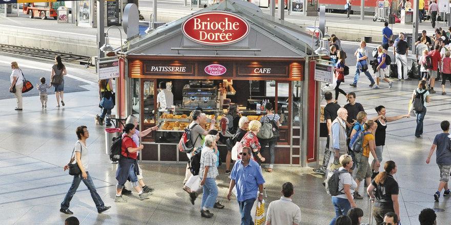 In großen Bahnhöfen beherrschen Filialisten das Geschäft mit Backwaren. Für kleine Betriebe ist das Pflaster zu teuer.