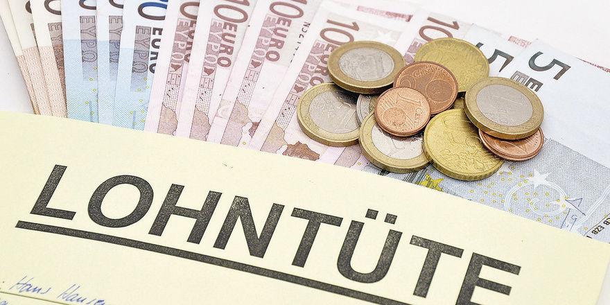 In Sachsen dürfte eine Tarifempfehlung dafür sorgen, dass künftig mehr in der Lohntüte steckt.