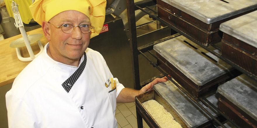 Kaum Weizengebäcke – dafür aber verstärkt roggen- und dinkelhaltige Backwaren hat David Lee Schlenker im Sortiment, das er in vier eigenen Filialen und über Wiederverkäufer vertreibt.