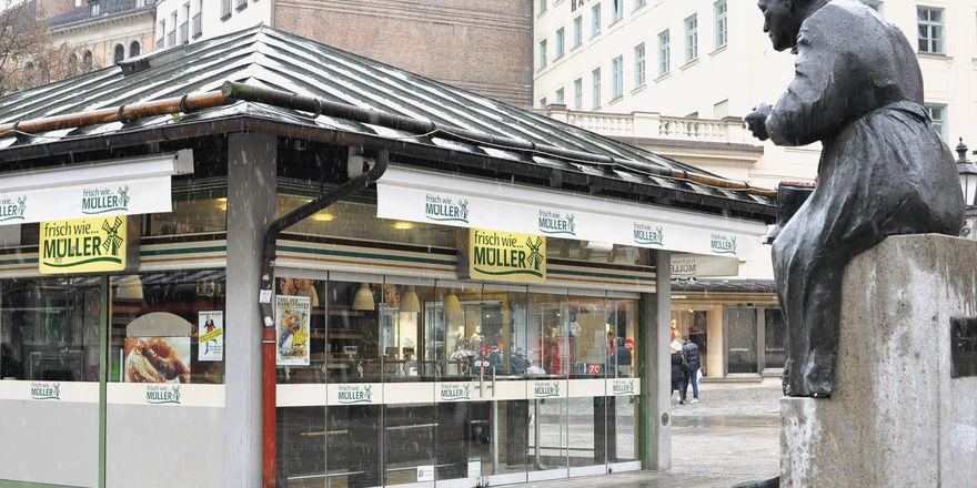 """Die """"Ratsch-Kathl"""" Elise Aulinger, an die der Brunnen am Viktualienmarkt erinnert, hätte viel über Müller-Brot geredet."""