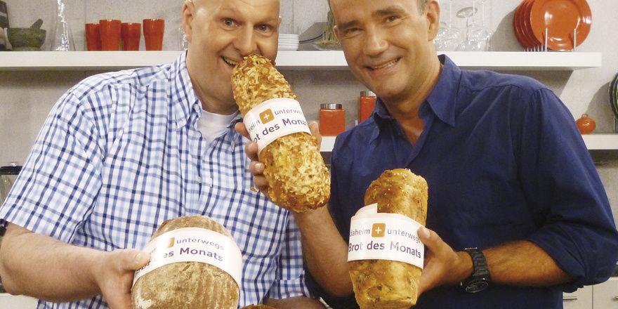 Bäckermeister Bernd Armbrust und Moderator René le Riche machen den Verbrauchern nicht nur das Brot des Monats schmackhaft.