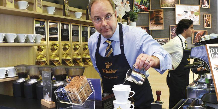 Das Geschäft mit Filterkaffee boomt. Ein heißer Trend, der auf der Messe vielfältig bedient wird.