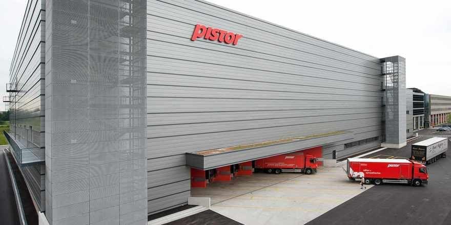 Das moderne Pistor-Warenumschlagzentrum West am Stammsitz Rothenburg (Schweiz).