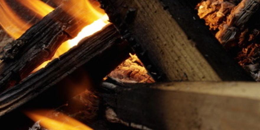 Das Feuer in der Bäckerei konnte erst nach mehreren Stunden gelöscht werden.