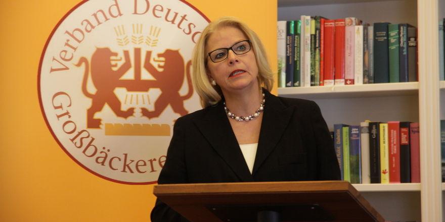 Die neue Präsidentin der Großbäcker: Ulrike Detmers bei ihrer ersten Jahrespressekonferenz. Foto Heck