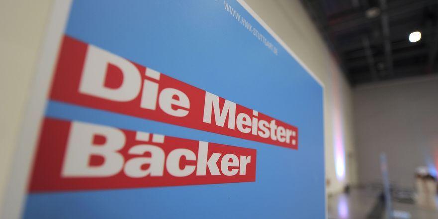 Dennis Huttenlocher ist Jahrgangsbester Bäckermeister, ausgebildet an der Württembergischen Bäckerfachschule.