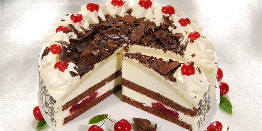 Mehr als 30.000 Kuchen und Torten produziert der Tiefkühlspezialist Pfalzgraf Konditorei.
