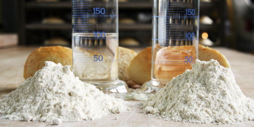 Für ein optimales Backergebnis sind auch praktische Erfahrungen und theoretisches Wissen nötig. Im Projekt Flourpower werden beide Aspekte durch moderne Technologie geschickt kombiniert.