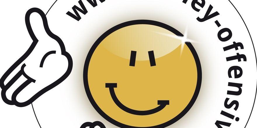 Ein Smiley nach dänischem Vorbild wünschen sich Foodwatch und Unterstützer.