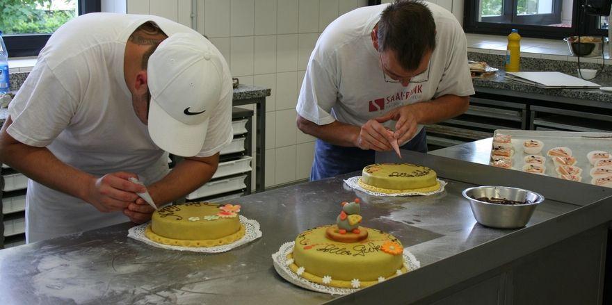 Wie rentabel sind Bäcker künftig? Mit dem Mindestlohn ändert sich das Lohngefüge.