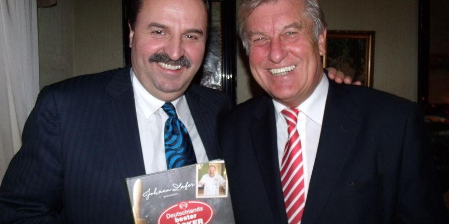 Verstehen sich: Johann Lafer (links) und ZV-Präsident Peter Becker.