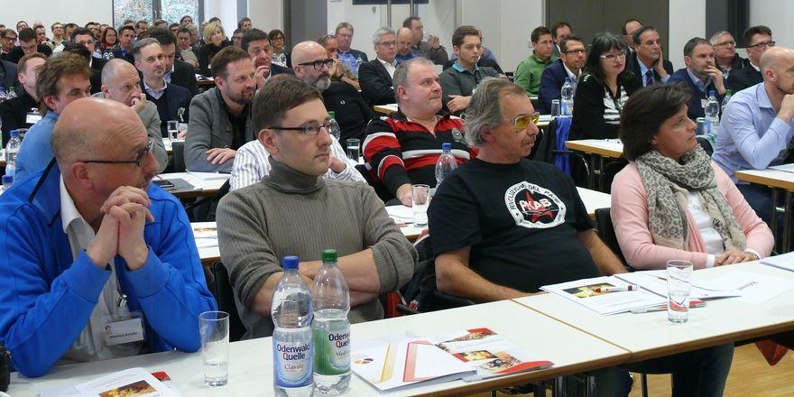 """Über 100 Teilnehmer bei der Veranstaltung """"Die Zukunft des Brotes"""" in Weinheim."""