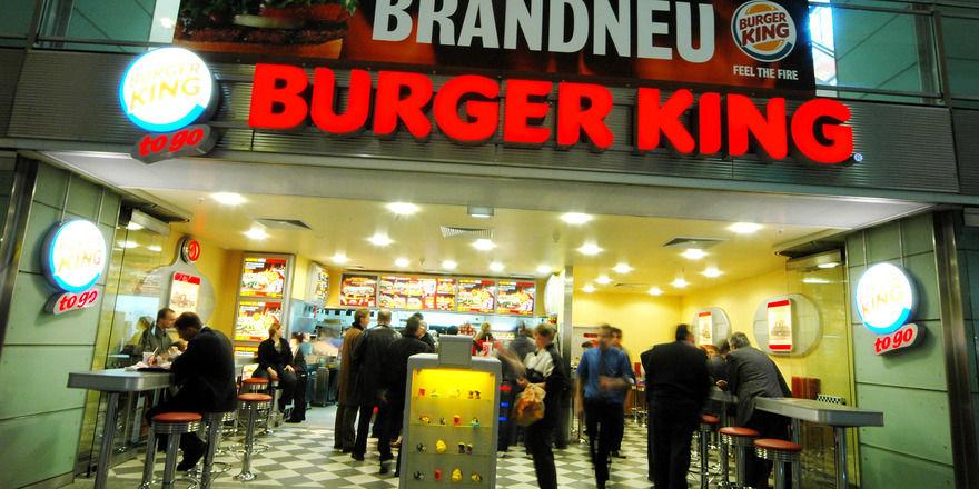 Kunden können sich ihren Burger jetzt nach Hause bringen lassen.