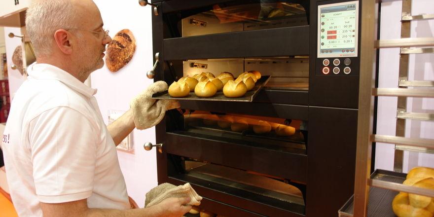 Die jüngste Entwicklung, der Ladenbackofen Matador Store Green, wurde im vergangenen Jahr mit dem begehrten Innovationspreis südback Trend Award ausgezeichnet.