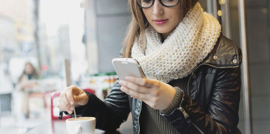 Für ausländische Touristen, die in Deutschland in der Regel kein Mobiltelefon mit Datenflatrate dabei haben, sind Gratisangebote wichtig.