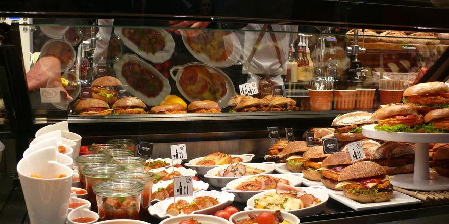 Snacktheke ansprechend gestalten und für den Wettbewerb fotografieren, dann hat man eine Gewinnchance.