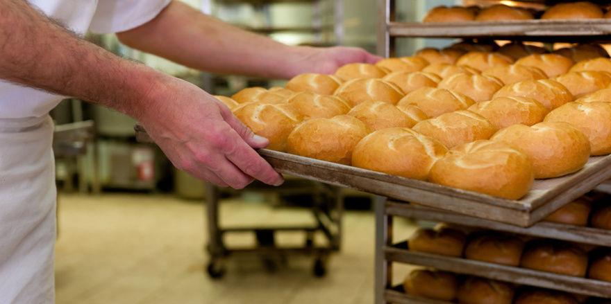 """""""340 Brötchen gebacken. Seit 4:30 Uhr ohne Frühstück. Zeit für den Mindestlohn"""", heißt es auf der Homepage des Ministeriums."""