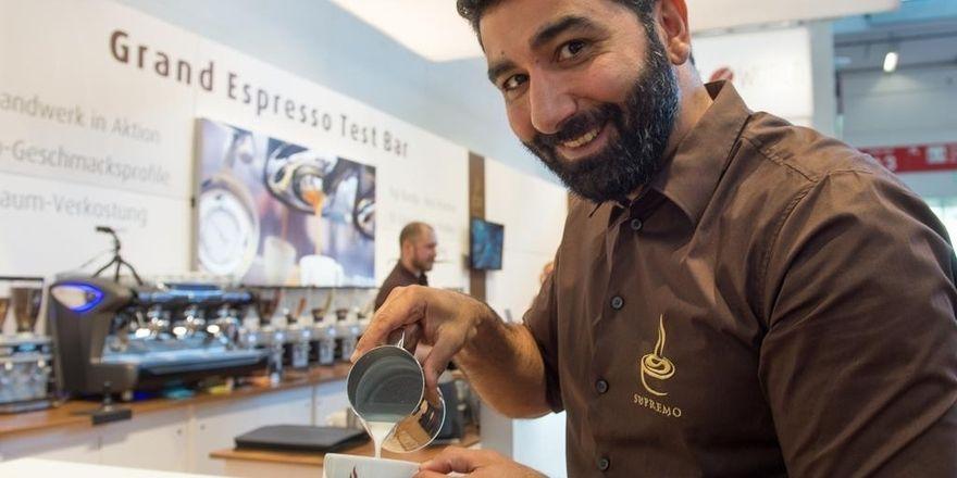 Die Kaffeerösterei Supremo stellt ihr Know-how und ihr Personal für Fachgespräche bereit.