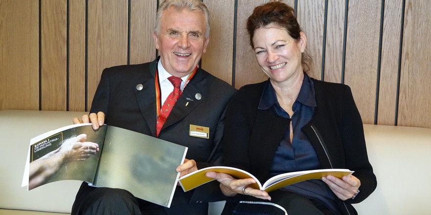 """Hanni Rützler und Peter Augendopler präsentieren mit dem """"Workbook Bäckerei"""" eine praxisbezogene Orientierungshilfe für Bäcker."""