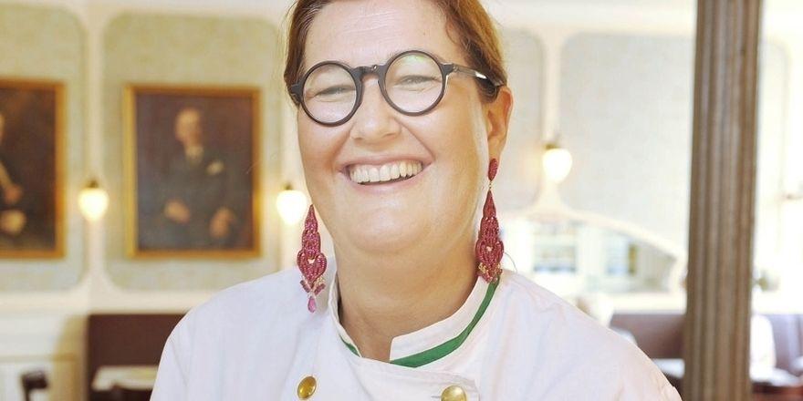 Sie freut sich über das lange Bestehen der Konditorei: Elisabeth Kreutzkamm-Aumüller.