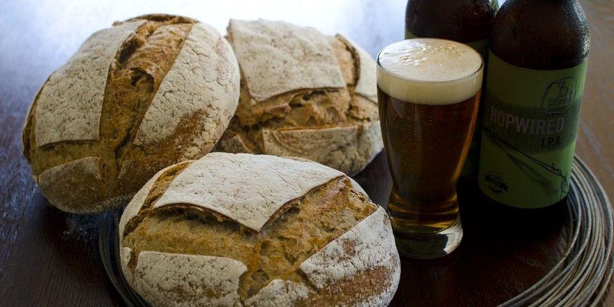 Brot und Bier sind ein beliebtes Duo. Davon profitiert nun auch eine Ausstellung in Werne.