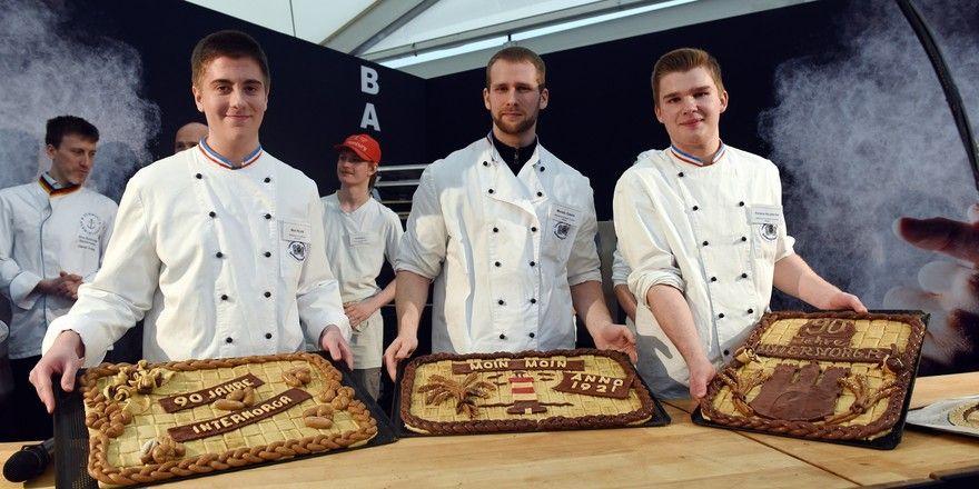 Maik Heuer, Michael Curdts und Patrick Kalbreyer (von links) haben die Jury beim Lehrlingswettbewerb auf der Internorga überzeugt.