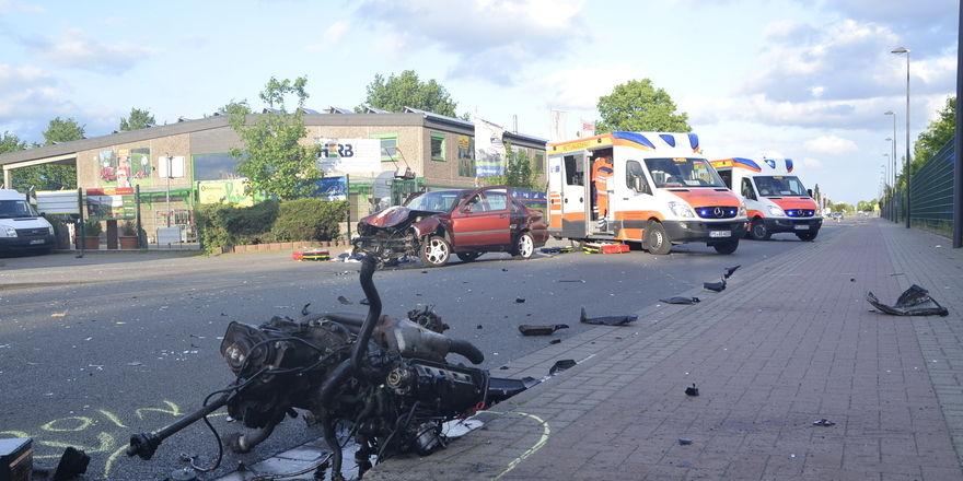 Die Wucht des Aufpralls riss den Motorblock aus dem Wagen.