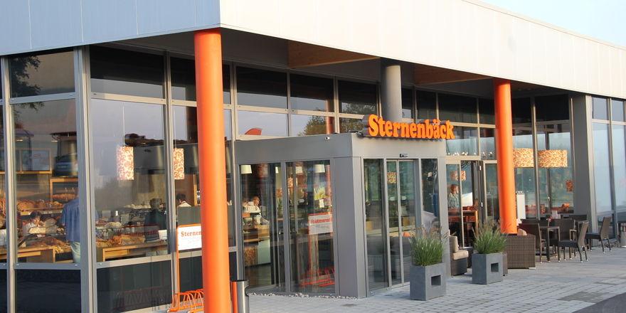"""Die Bumüller Backbetriebe treten in Süd- und Ostdeutschland unter der Marke """"Sternenbäck"""" auf."""