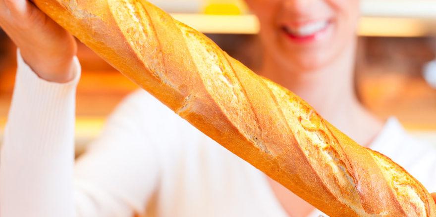 Vor allem die Bäckereifachverkäuferinnen profitieren vom neuen Tarifvertrag im Saarland.