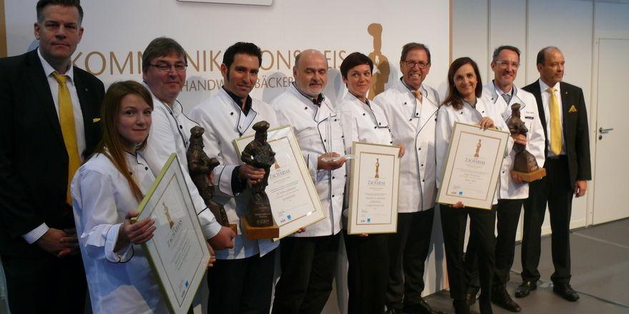 Die Zacharias-Preisträger mit den Veranstaltern.