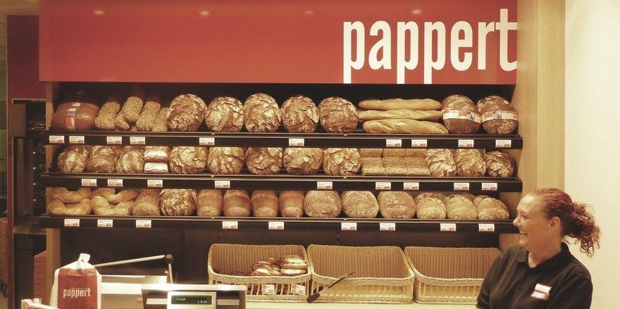 """Die Bäckerei Pappert wurde für das Schaffen von Arbeitsplätzen geehrt und gilt nun als bester """"Jobmotor"""" in Hessen."""