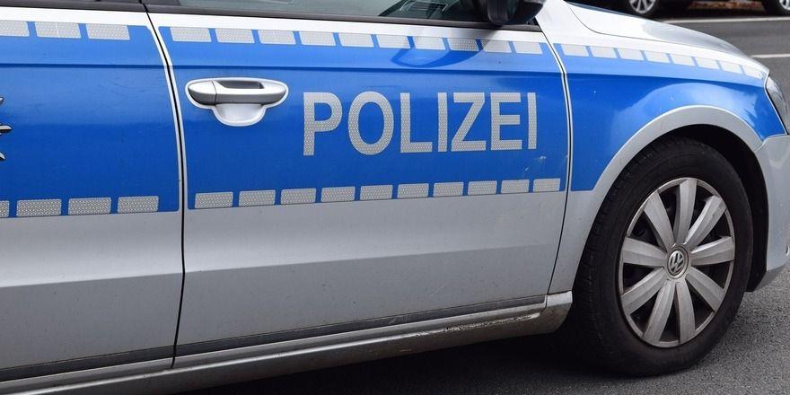 Die Mitarbeiterin einer Bäckerei wird verurteilt, weil sie einen Raubüberfall geplant hat.