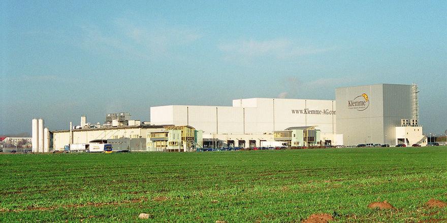 Ob die neue Produktion für TK-Backwaren in Halle vergleichbare Dimensionen haben wird wie das Klemme-Werk in Eisleben, ist noch offen.