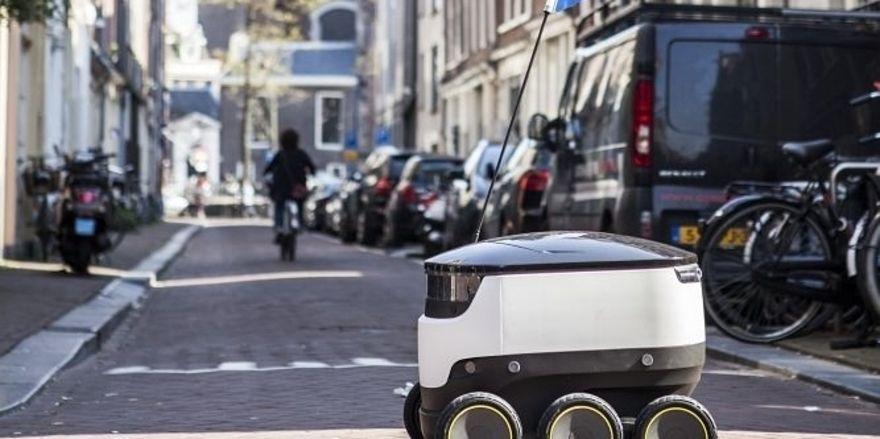Dieser technische Pizzabote soll bald durch die Fußgängerzonen Hamburgs rollen.