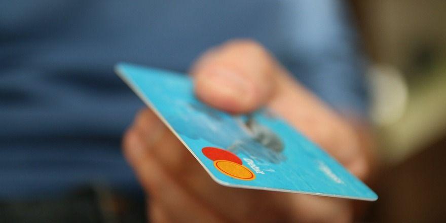 Bargeldloses Bezahlen wird in Deutschland immer beliebter.
